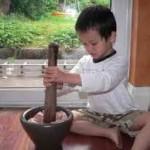 Cách làm món giò chả lụa ngon ngày tết